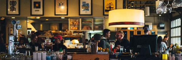 5 Best Pubs and Coffee Shops to Visit in Yetholm bar crowded - 5 Best Pubs and Coffee Shops to Visit in Yetholm